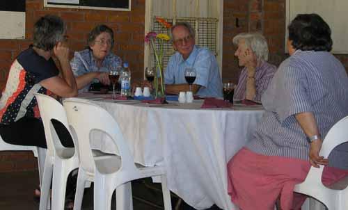 Ann Folcarelli, Moira Geogeghan, Errol Geogeghan, Dorothy Twiss and Naomie Chudy at the corner table